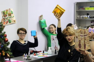 china+glaze-seas-and-greetings-presentation (10)